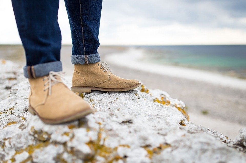 beach-boots-depth-of-field-footwear