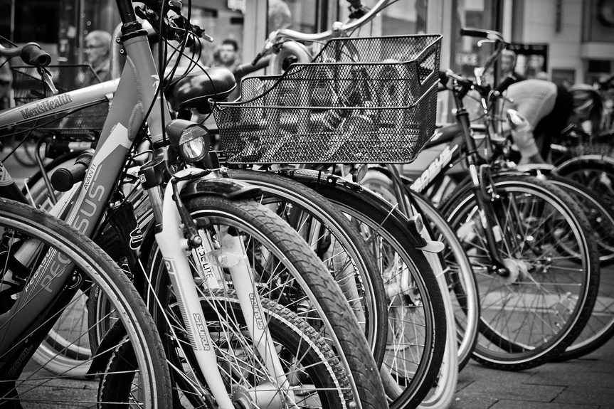 bicycle-street-photography