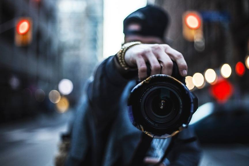 camera-canon-lens-flash