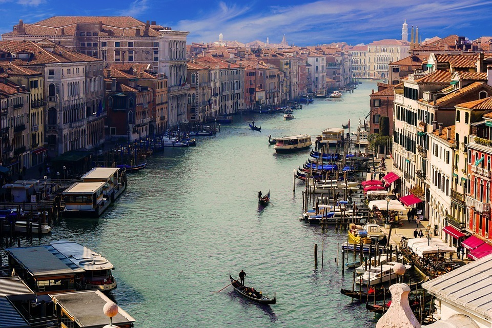 city-waters-travel-architecture