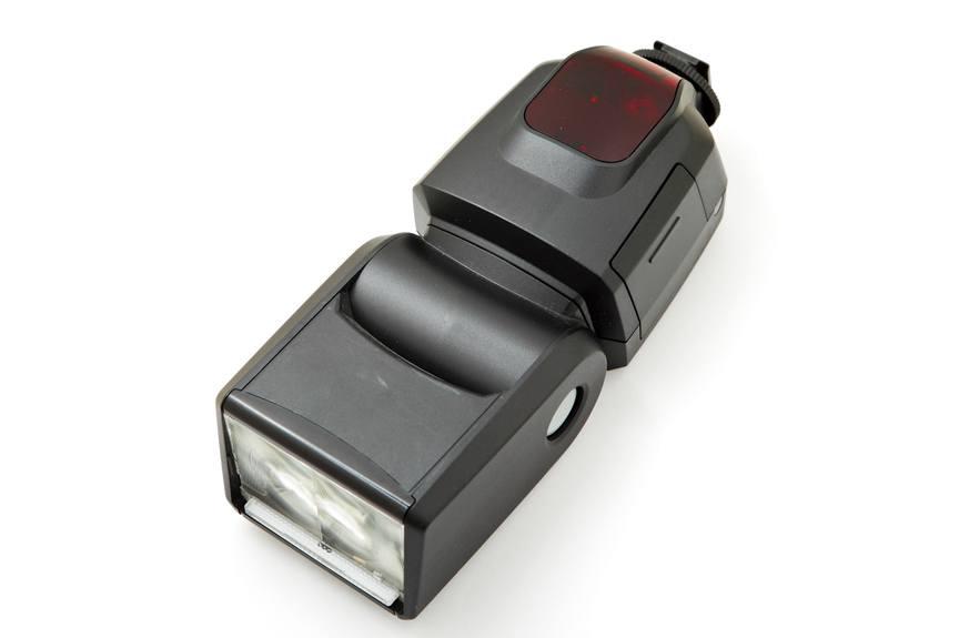 dedicated-camera-flash-unit