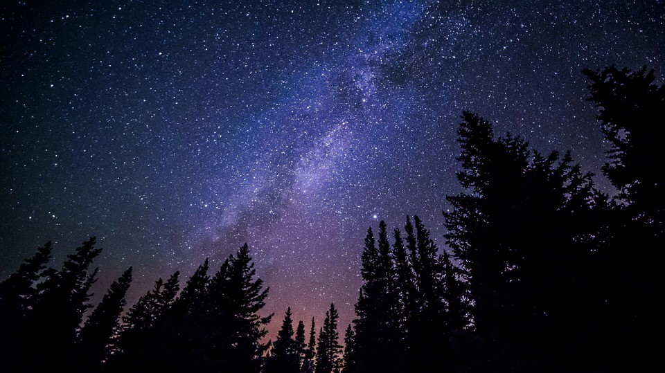 milky-way-galaxy-night-sky-stars