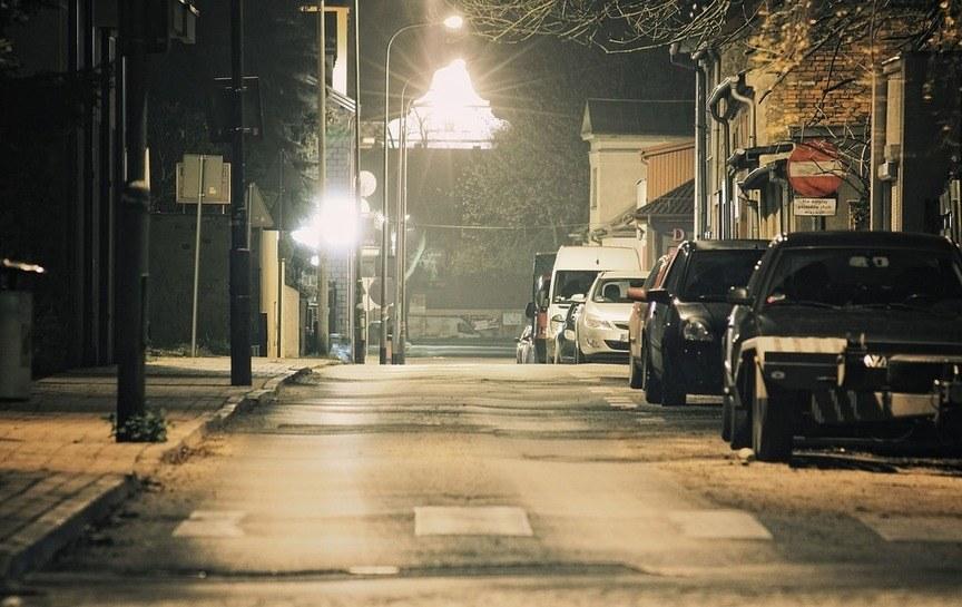 night-street-light-flash-way