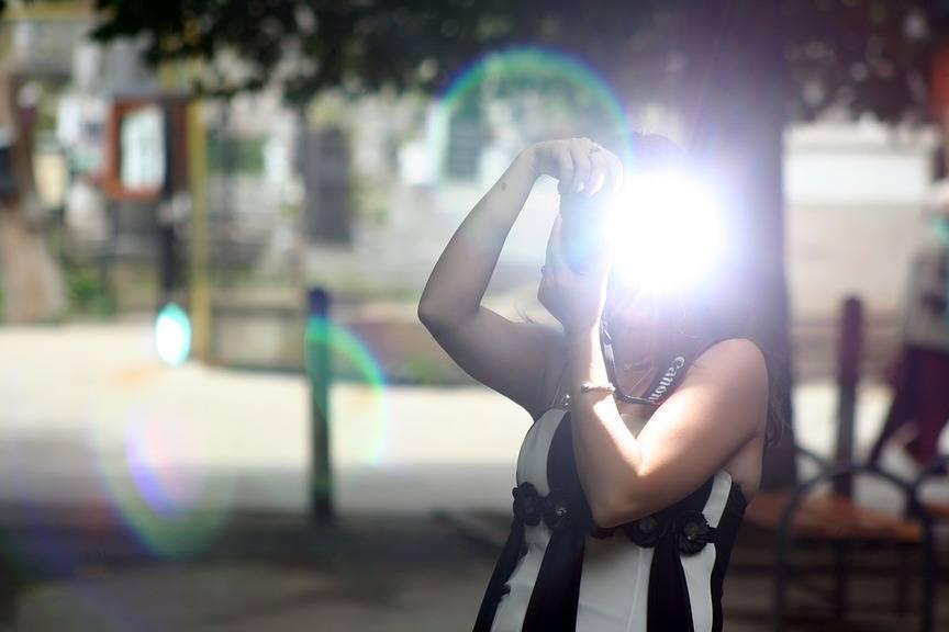 portrait-flash-got-you-girl